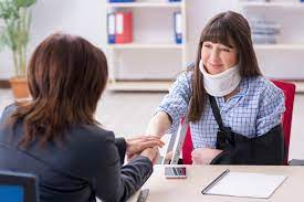 How to Become a Personal Injury Lawyer | LawCrossing.com